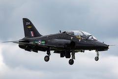 Royal Air Force RAF Hawker Siddeley Hawk T 1A hs-1182 XX204 op benadering van land in RAF Waddington stock afbeeldingen