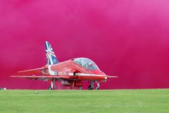 Royal Air Force RAF Hawker Siddeley Hawk T 1A XX219 des Royal Air Force-Flugschauteams die roten Pfeile Stockfotos