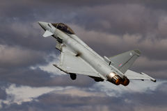 Royal Air Force tajfun przy Królewskim zawody międzynarodowi powietrza tatuażem Zdjęcie Stock