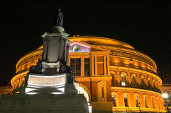 Royal Albert Hall at night. The Royal Albert Hall, built 1867-71 was built to commemorate the death of Queen Victoria's belove consort Prince Albert and is the Stock Photo