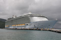Free Royal Caribbean S Allure Of The Seas Stock Photo - 34190370