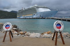 Free Royal Caribbean S Allure Of The Seas Royalty Free Stock Photography - 34190387