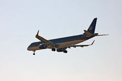 Royal Jordanian Embraer ERJ-190 стоковые фото