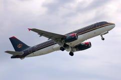 Royal Jordanian-Luchtbus A320 stock foto
