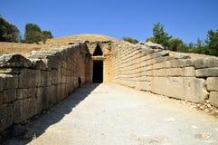 Royal le tombeau en arc-de-cloître Photos libres de droits