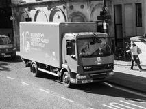 Royal Mail ciężarówka w Bristol w czarny i biały Zdjęcie Royalty Free