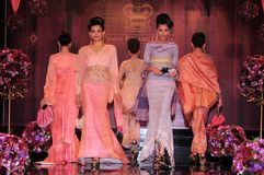 Royal Pahang Fashion. The woven sarongs of silk sarongs have expanded in Pahang , Terengganu , and Kelantan since 1838. This is noted in the writings of Abdullah Stock Photos
