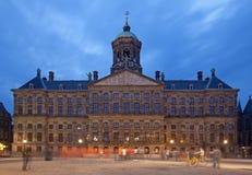 Royal Palace Amsterdam w tamie Obciosuje Obraz Royalty Free