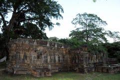 Royal Palace av konungen Parakramabahu i staden Polonnaruwa för världsarv Polonnaruwaen - medeltida huvudstad av Sri Lanka Royaltyfri Fotografi