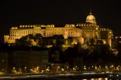 Royal Palace, Budapest na noite Foto de Stock