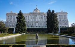 Royal Palace de Madrid, España imagenes de archivo