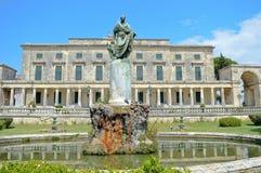 Royal Palace de St Michael et de St George dans la ville de Corfou images libres de droits
