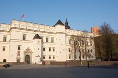 Royal Palace e monte de Gediminas foto de stock