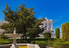 Royal Palace e sosta a Madrid Spagna Immagini Stock