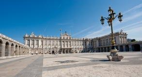 Royal Palace em Madrid imagens de stock royalty free