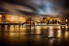 Royal Palace en Huis van het Parlement in Stockholm Stock Foto's