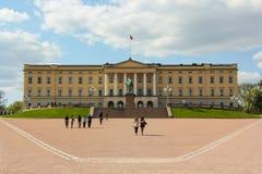 Royal Palace en Oslo, Noruega Foto de archivo
