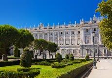 Royal Palace en park in Madrid Spanje stock fotografie