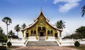 Royal Palace (hagtorn Kham) & hagtornPha smäll i Luang Prabang, Laos. Arkivbilder