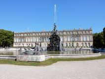 Royal Palace Herrenchiemsee z fontains - Bawarski Versailles †'Niemcy Obrazy Royalty Free