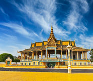 Royal Palace komplex i Phnom Penh Royaltyfri Foto