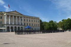 Royal Palace in Oslo Stockbilder