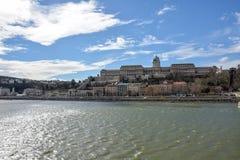 Royal Palace przy rzecznym Danube w Budapest zdjęcie royalty free