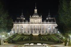 Royal Palace und Gärten von La Granja bis zum Nacht spanien Stockbild