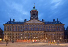 Royal Palace van Amsterdam in Damvierkant Royalty-vrije Stock Afbeelding