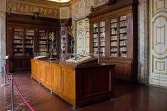 Royal Palace van Caserta, grootste Royal Palace in de wereld royalty-vrije stock foto's