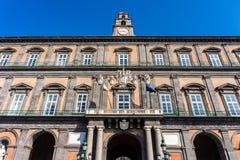 Royal Palace van de Stad van Napels op Piazza del Plebiscito royalty-vrije stock foto's
