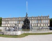 "Royal Palace van Herrenchiemsee - Nieuw Paleis met fontains, beeldhouwwerken †""Duitsland Stock Foto's"