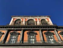 Royal Palace van Napels, Italië stock afbeeldingen
