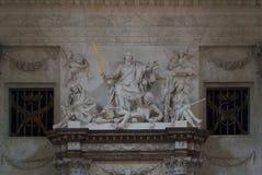 Royal Palace w Amsterdam Rzeźbi Obrazy Stock