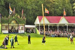 Royal tossing the caber, Braemar Stock Images