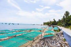 Royalty hoog - beeld van de kwaliteits het vrije voorraad van boten bij Nha-strand op Zoonseiland, Kien Giang, Vietnam Dichtbij h royalty-vrije stock foto