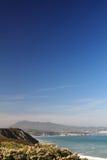 Rozłączenie w scenicznym atlantyckim wybrzeże krajobrazie w baskijskim kraju, France obraz stock