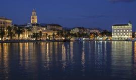 Rozłam, Dalmatia, Croatia, Europe nabrzeże Obrazy Stock