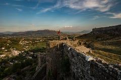 Rozafa slott på solnedgången, Shkodra, Albanien arkivfoton