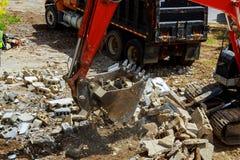 Rozbiórka domy hydraulicznymi niszczycielami może używać jako rozbiórka Obraz Royalty Free