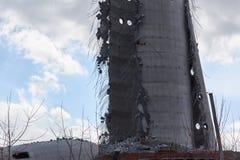 Rozbiórka zaniechany telewizi wierza w Ekaterinburg w 24th Marzec 2018 resztki zniszczony wierza Zdjęcia Stock