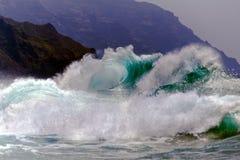 Rozbijać fala Kauai, Hawaje Fotografia Royalty Free