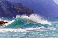 Rozbijać fala Kauai, Hawaje Obraz Stock
