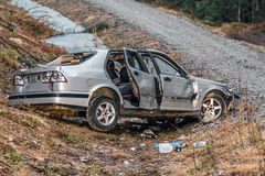 Rozbijający i porzucający samochód Obrazy Stock