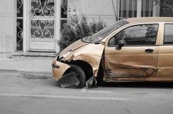 Rozbijający samochód Fotografia Stock