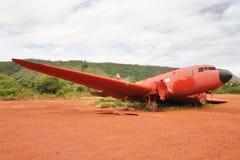 rozbijający stary samolot obraz royalty free
