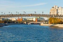 Rozciągał się rzekę Fotografia Royalty Free
