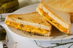 rozciekłe ser grzanki Zdjęcia Royalty Free