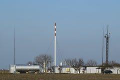 Rozdzielenie stacja dla ropa i gaz traktowania Ropa i gaz wyposażenie Obraz Stock