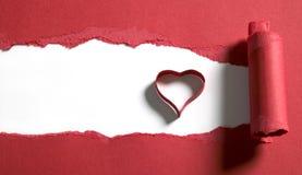 rozdzierająca papierowa czerwień Zdjęcie Royalty Free